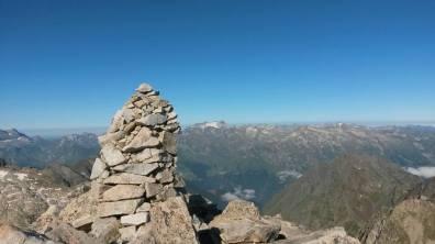 Sommet du Turon et vue sur le Vignemale